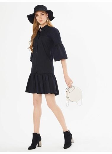 Xint Önden Düğme Kapamalı Piliseli Elbise Siyah
